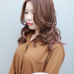 粉棕色+線條挑染 台中染髮推薦