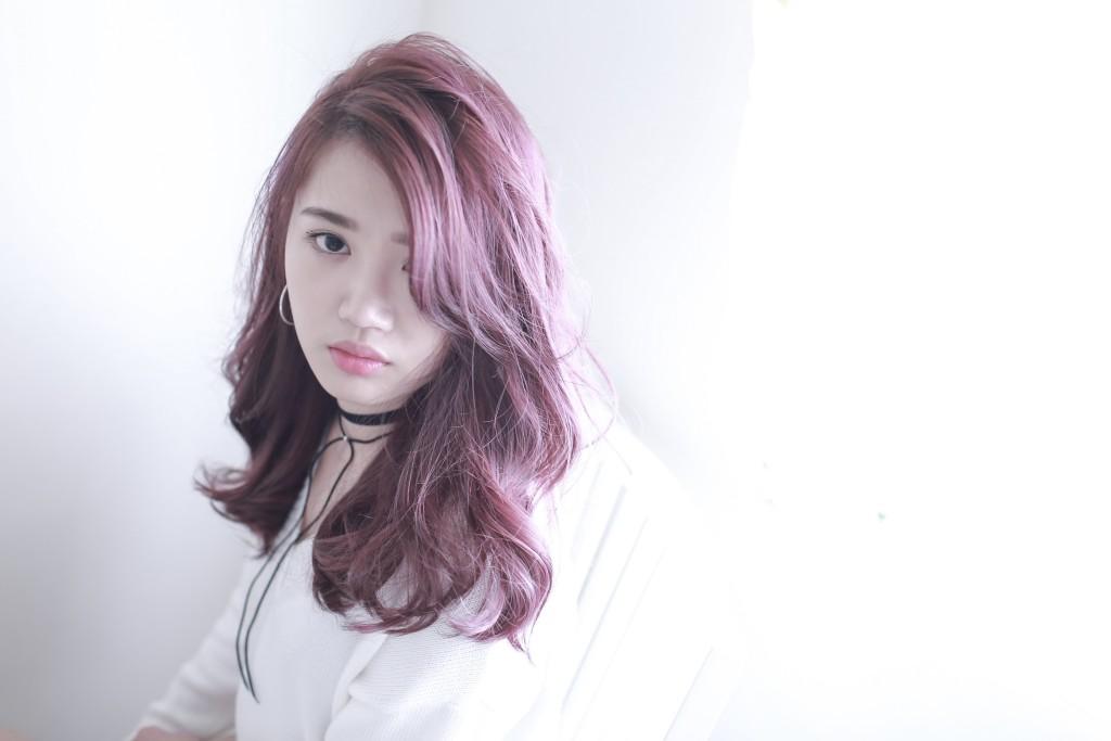 台中染髮推薦 台中髮廊推薦 霧感髮色 莓果色 bioaqua元氣美髮