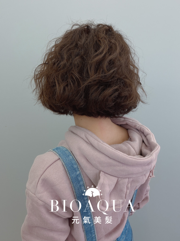慵懶蓬鬆鮑伯捲髮 - 台中髮廊 燙髮染髮推薦 元氣美髮